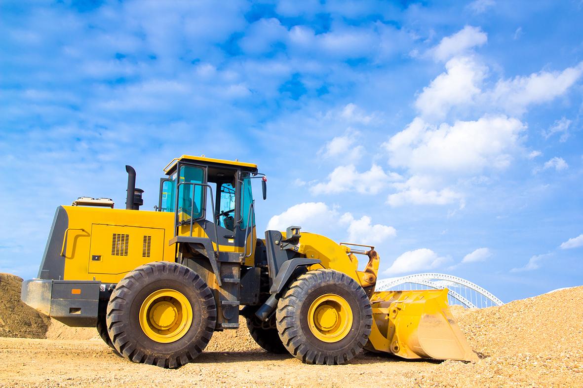 Lackierung von Baumaschinen und Transportfahrzeugen